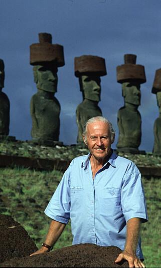 PIONER: Thor Heyerdahl besøkte Påskeøya på to forskjellige ekspedisjoner, senest i 1986. Foto: NTB Scanpix