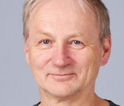 LÅNEFINANSIERT ALDERDOM: Forsker Christian Poppe sier det har blitt vanligere å finansiere pensjonisttiden med lån. Foto: SIFO / OsloMet