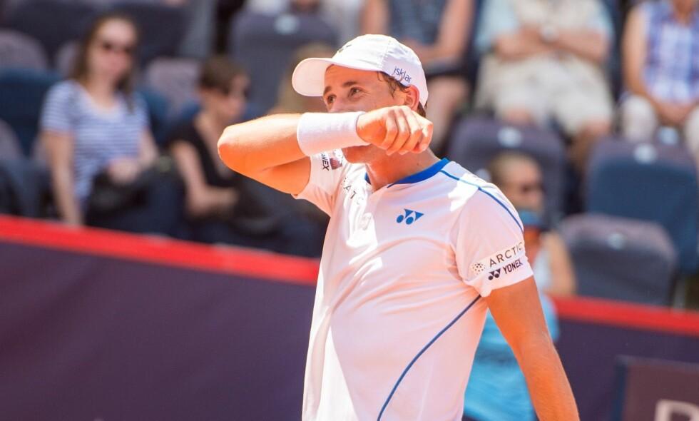 UTE: Casper Ruud er slått ut av US Open i 1. runde mot Guido Pella. Foto: Afp