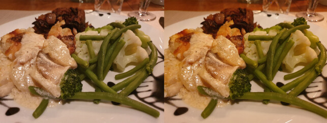 UTEN OG MED AI: Til venstre kan du se hvordan matbildet blir uten AI. Til høyre er bildet med AI. Foto: Kirsti Østvang