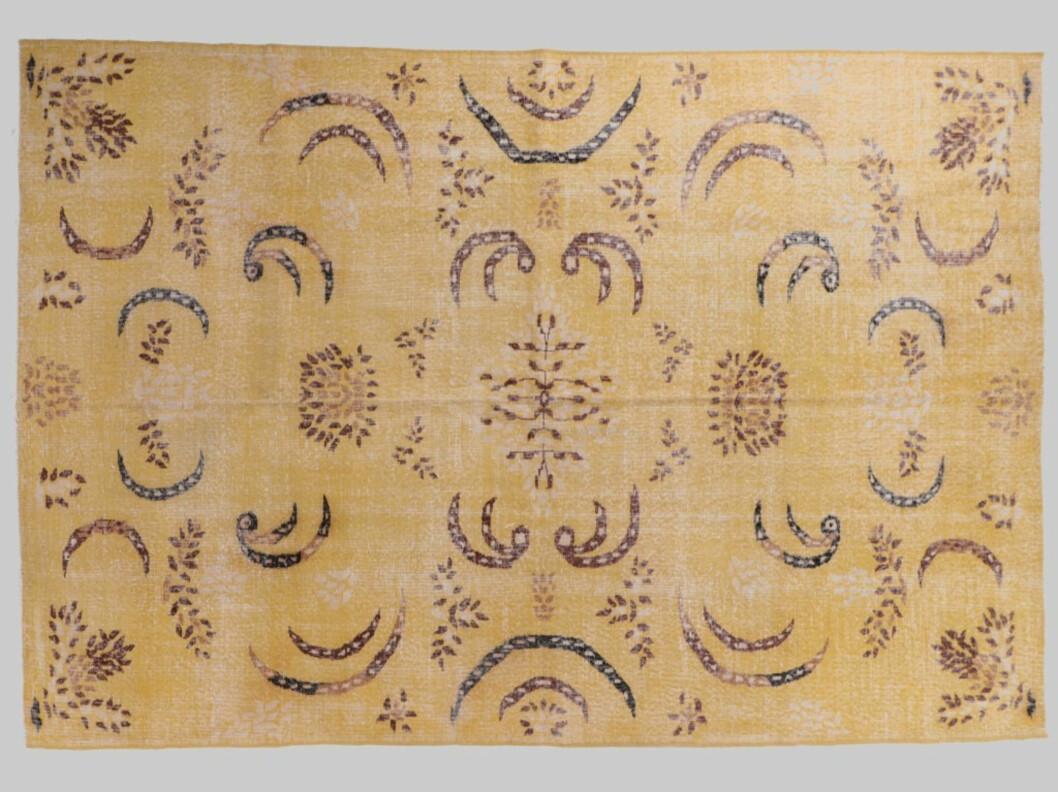 Vintage teppe fra Eske |12500,-| https://www.eskeinterior.no/produkt/vintage-tapis-311x211/