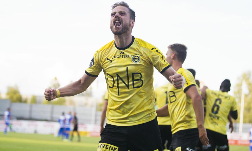 VIKTIG SEIER: Arnor Smarason jubler etter 2-0-scoringen mot Sandefjord. Foto: Trond Reidar Teigen / NTB scanpix