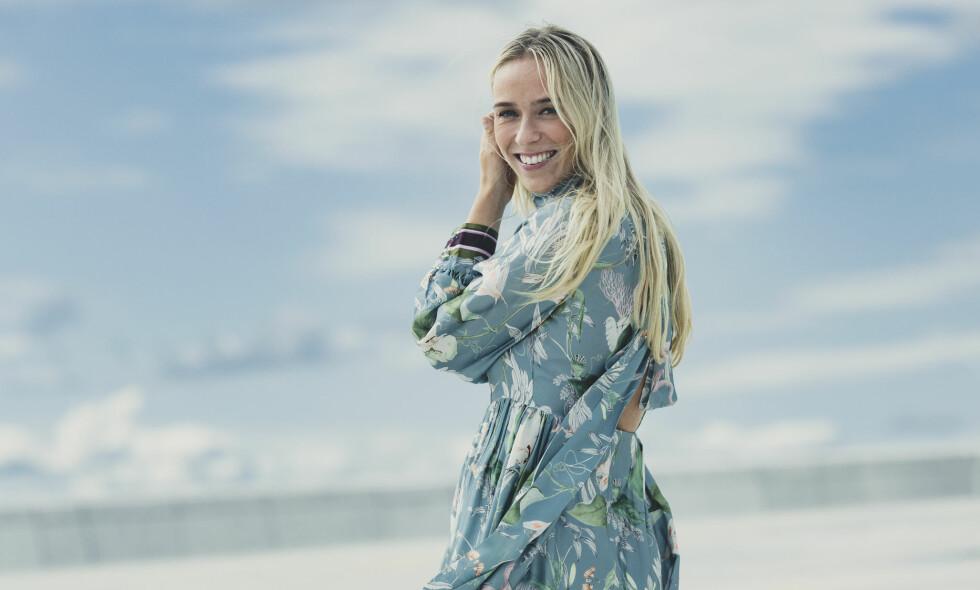 KATARINA FLATLAND BRYLLUP: 30. juni 2018 giftet programleder Katarina Flatland seg i Danmark. Vi har snakket med henne om det storslåtte bryllupet, øyeblikket da faren førte henne opp kirkegulvet og fremtidsplanene. Denne høsten er hun aktuell som programleder for Idol på TV 2. FOTO: Astrid Waller