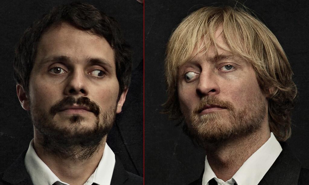 BLODKLUBBEN: Består av Pål Gustavsen (til høyre) og Nils Brodersen, to filmentusiaster med en forkjærlighet for det skumle, ubehagelige og brutale. Blodklubben.no er en nettside dedikert til skrekkfilm. Foto: Glenn Meling