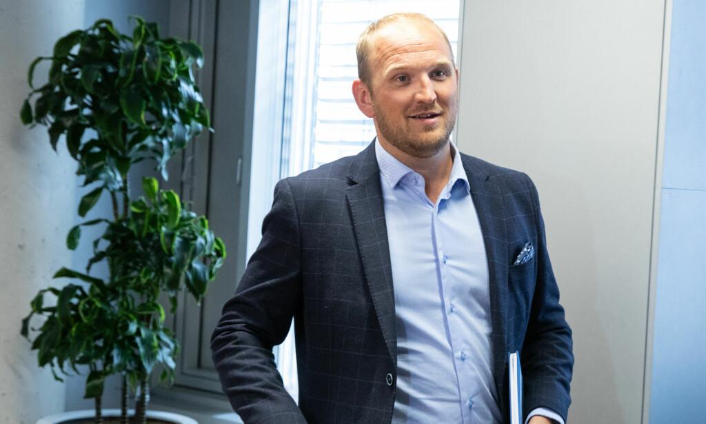BYTTER JOBB: Landbruks- og matminister Jon Georg Dale overtar som samferdselsminister etter Ketil Solvik-Olsen. Foto: Audun Braastad / NTB scanpix
