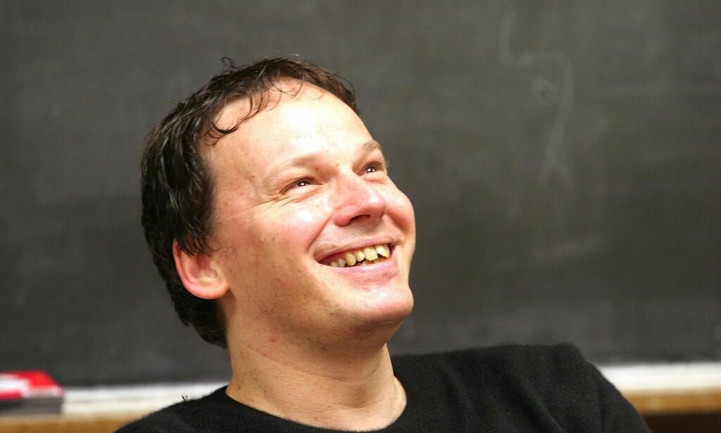 DYPDYKK: David Graeber er ute med boka Bullshit Jobs, basert på et essay han skrev i 2013, som fikk så mange reaksjoner at Graeber skjønte at han måtte dykke dypere inn i fenomenet. Foto: NTB Scanpix