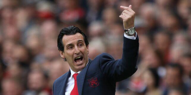 image: - Han er besatt av fotball, det er rett og slett en sykdom