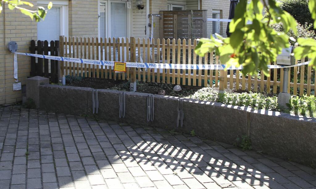 DØDE: I en leilighet i Göteborg ble tre personer funnet døde i natt. Politiet mistenker familiedrap. Foto: Adam Ihse / NTB Scanpix