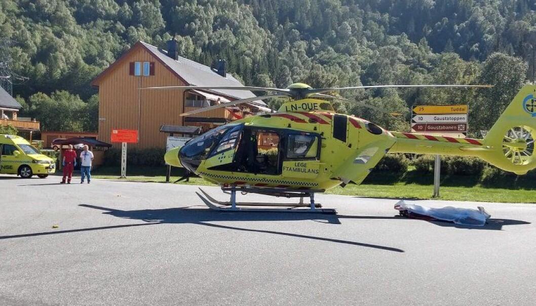 Dødsulykke på Rjukan – fem døde da bil kjørte i fjellvegg