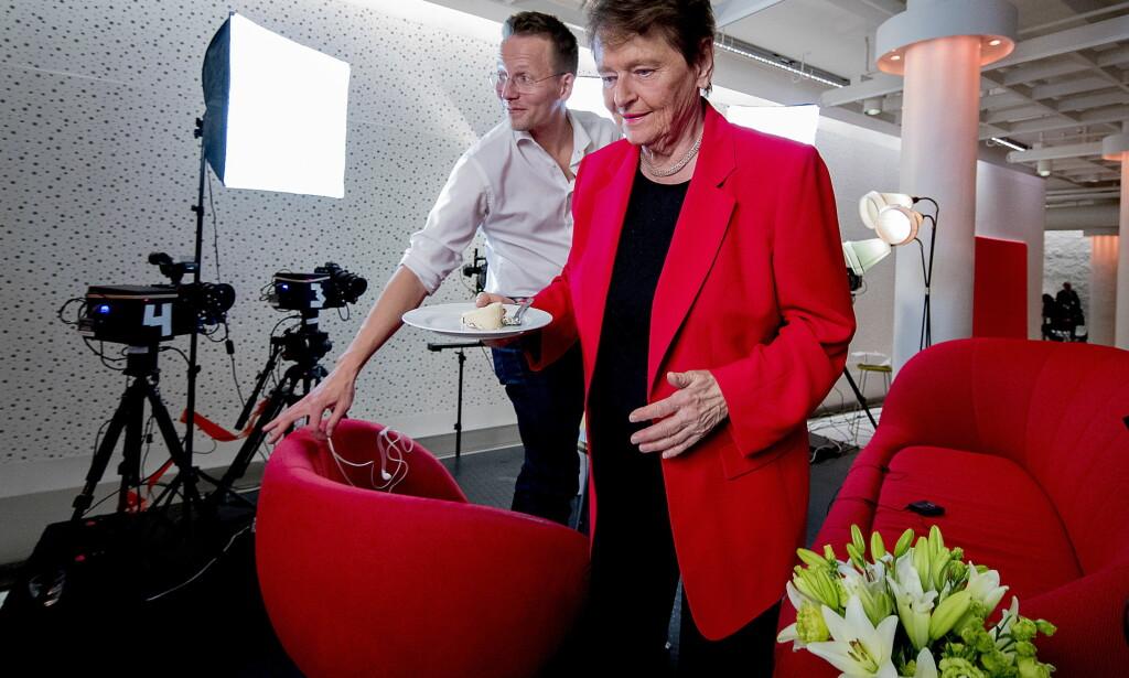 STARTER I AGENDA: Her er Trygve Svensson sammen med Gro Harlem Brundtland på Arbeiderpartiets landsmøte i 2017, nå blir han ny leder for Tankesmien Agenda. Foto: Bjørn Langsem