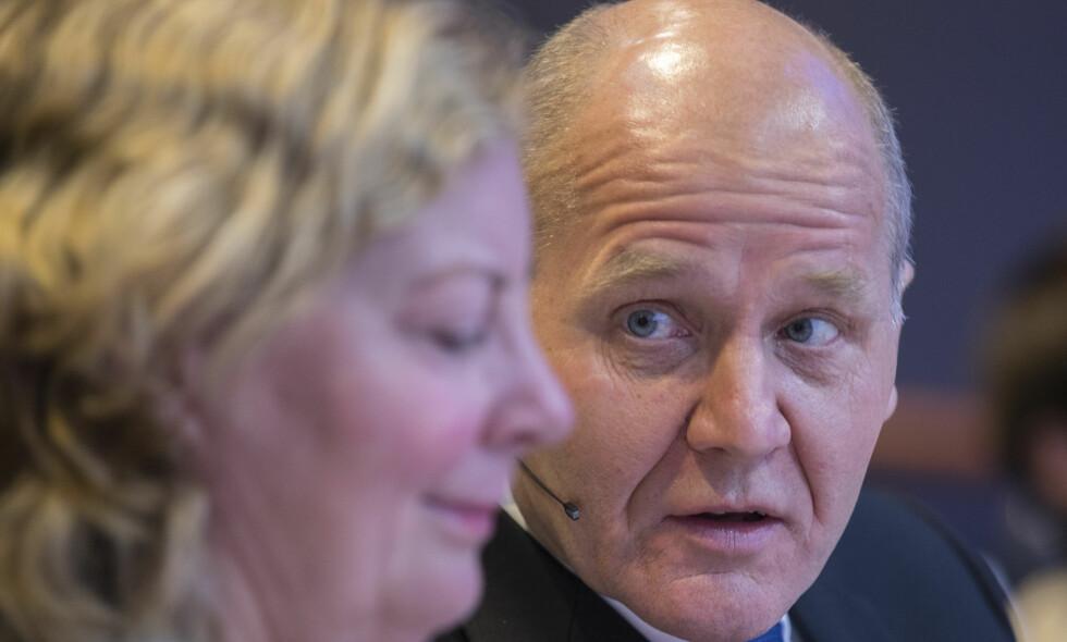 SLUTTER: Berit Svendsen går av som sjef for Telenor Norge. Her med konsernsjef Sigve Brekke. Foto: Vidar Ruud / NTB scanpix