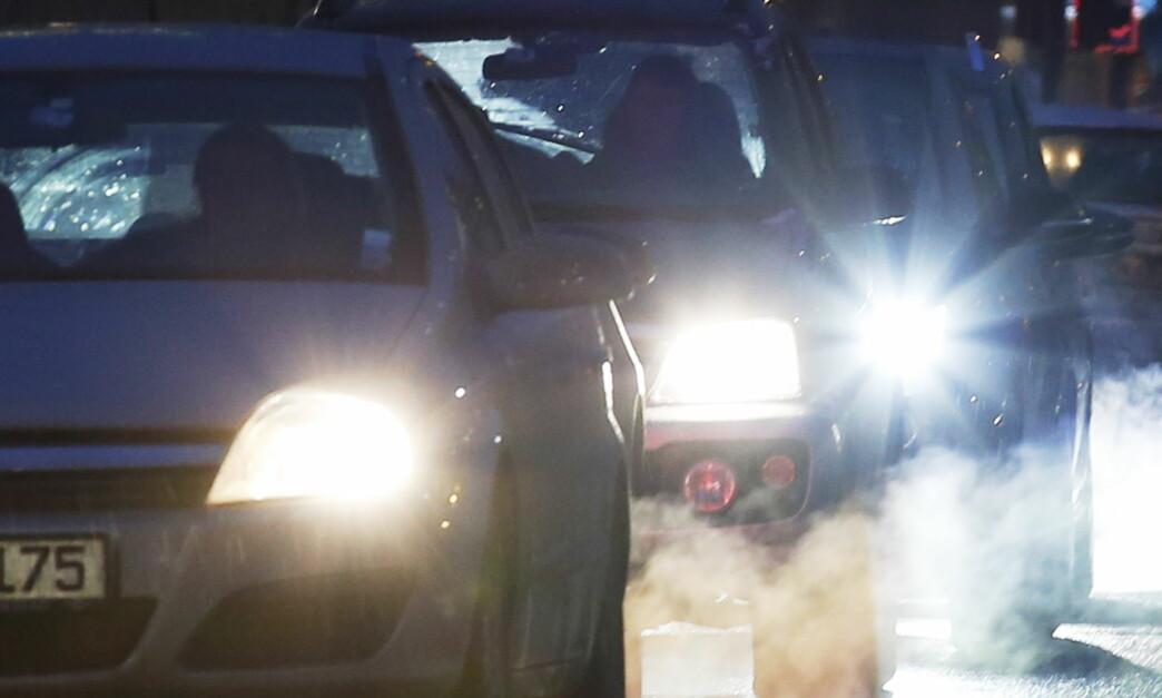 <strong>IKKE SÅ RENE LIKEVEL:</strong> En engelsk undersøkelse viser en helt klar trend på høyere CO2-utslipp på nye biler enn på modellene de erstatter. Foto: Erik Johansen / NTB scanpix