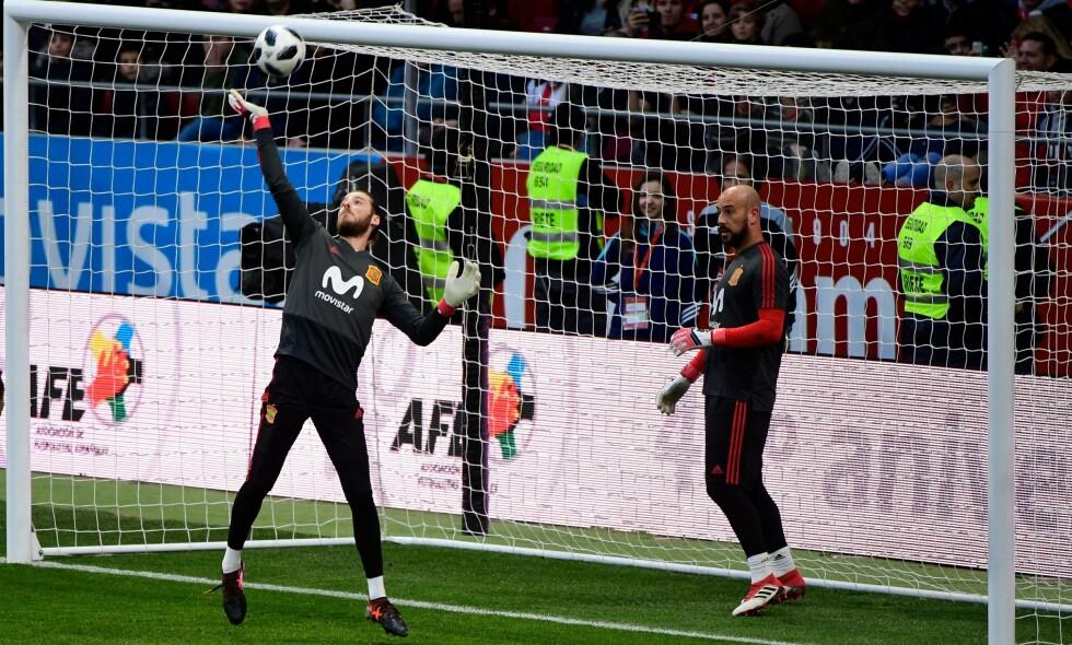 De spanske keeperne David de Gea og Pepe Reina er begge på lista. Foto: AFP PHOTO / PIERRE-PHILIPPE MARCOU / NTB Scanpix