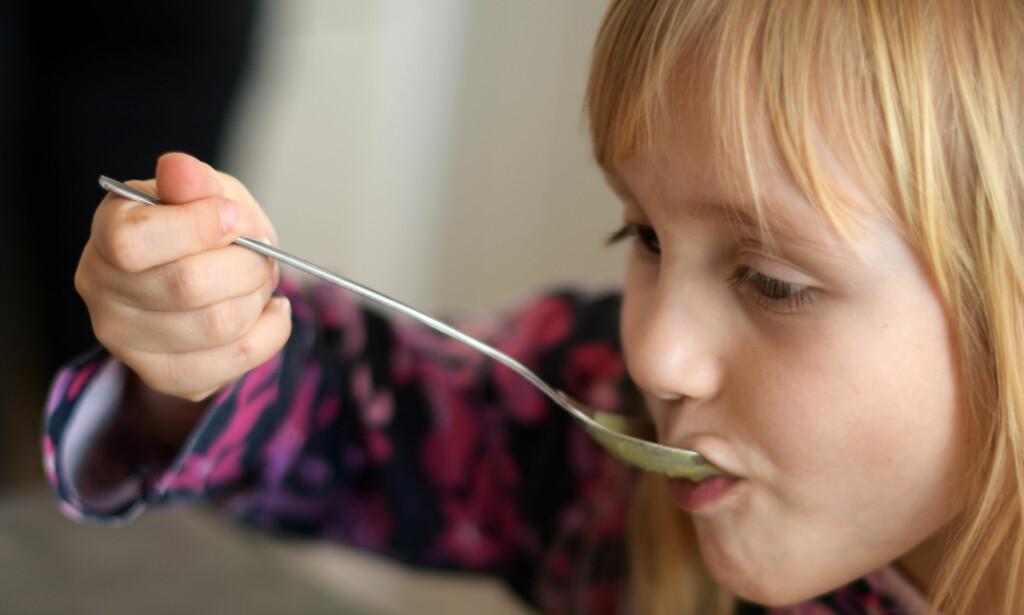 FÅR SLAKT: Foreldre utviser stor misnøye med maten på SFO, viser en undersøkelse som Forbrukerrådet har utført i samarbeid med Kost - og ernæringsforbundet. Foto: NTB Scanpix/Shutterstock