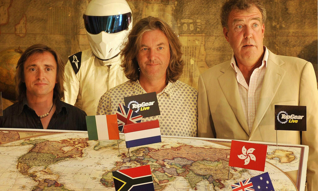 «TOP GEAR»-STJERNER: I en årrekke underholdt Richard Hammond, James May og Jeremy Clarkson bilentusiaster - og andre - i «Top Gear». Her med figuren «The Stig» (bak). Foto: Tim Ireland/ Pa/ NTB scanpix