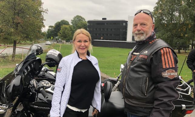 AKSJONISTER: Rune Jacobsen (62) og Britt Fossum (61) deltok også i aksjonen. Foto: Ørjan Ryland / Dagbladet