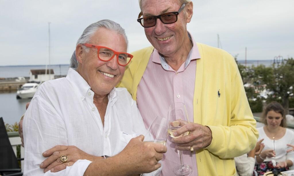 BLE SYK: Finn Schjøll og Knut B. Bakke har vært sammen i over 35 år, og nyter fortsatt tiden sammen. Da Schjøll ble syk, valgte han derimot å holde tett om diagnosen overfor de nærmeste. Foto: Espen Solli