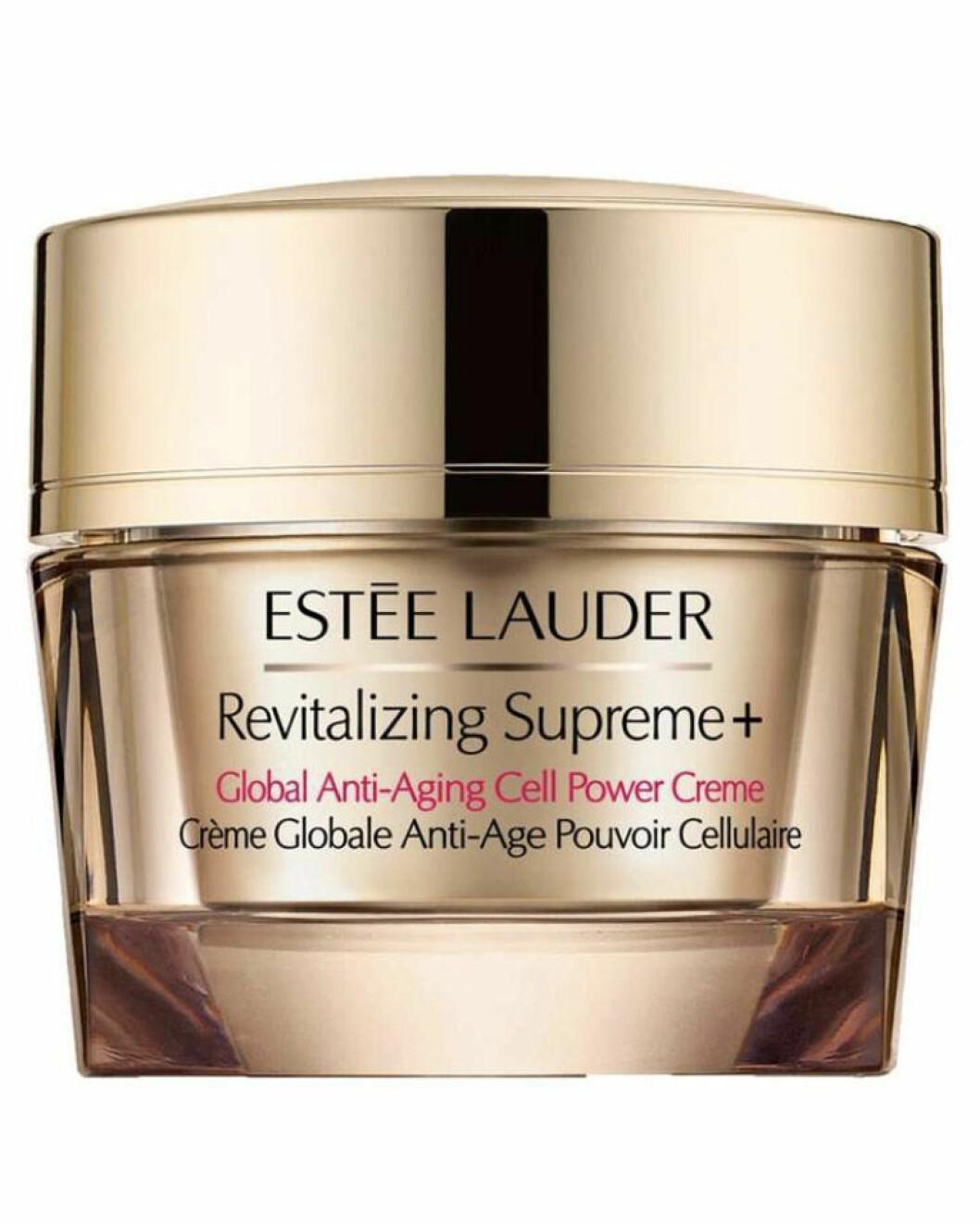 Med oppstrammende planteoljer  (kr 900, Estée Lauder, Revitalizing Supreme Plus Global Anti-Aging Cell Power Creme).
