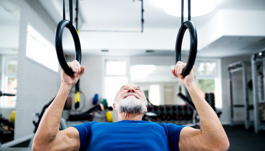 TRENING: Ifølge ekspertene er det å holde fettet unna det mest effektive for et stabilt testosteronnivå. Foto: Colourbox