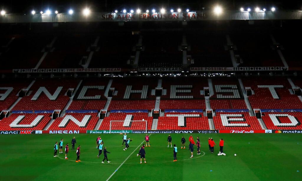 HOLDT PÅ Å BLI KJØPT AV SKY: Den engelske storklubben Manchester United. Foto: Reuters/Jason Cairnduff/NTB Scanpix