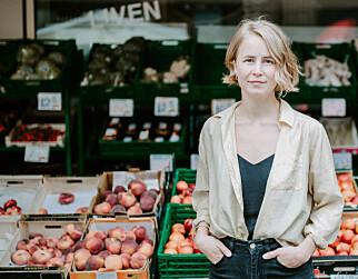 TENK HELHETLIG: Anja Bakken Riise roser tiltaket med gjenbruksnett, men oppfordrer folk til å bruke nett i bærekraftige materialer.