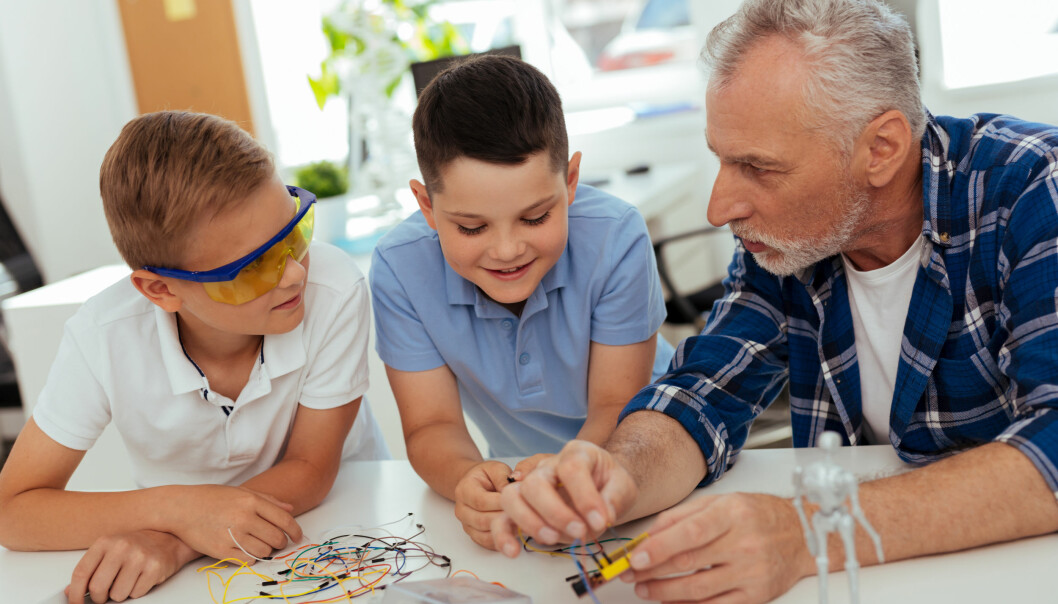 LÆR NYE TING: Man lærer mer som barn. Foto: Shutterstock