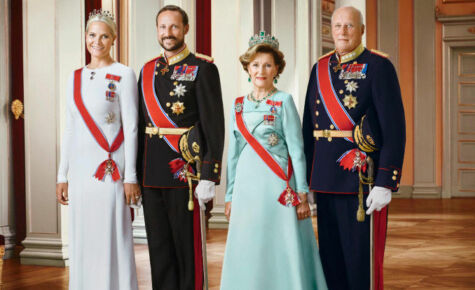 image: Kong Harald og kronprins Haakon bruker hoffets penger på private hus og hytter