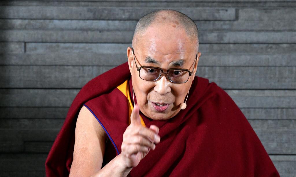 SKAPER REAKSJONER: Dalai Lama kom med et kontroversielt innlegg i innvandringsdebatten, da han talte på en konferanse i Malmö i torsdag ettermiddag. Foto: NTB Scanpix.