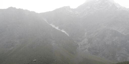 image: Nye steinsprang - fortsatt rød fare ved Veslemannen