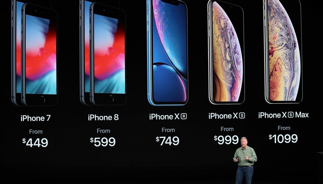 <strong>DISSE KAN DU KJØPE:</strong> Her er Apples iPhone-sortiment september 2018. Men hvilken av modellene bør du kjøpe? Foto: Justin Sullivan/Getty Images/NTB Scanpix