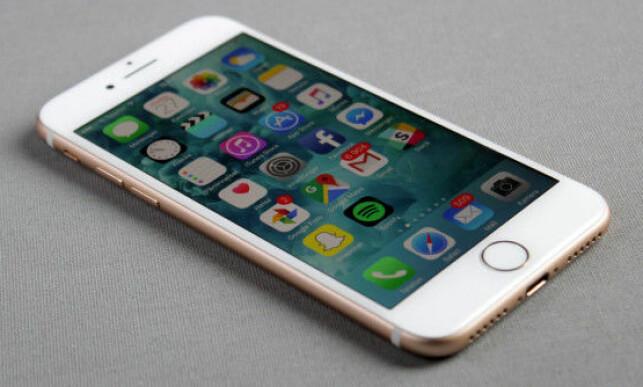 FLOTT SKJERM: Den har ikke allverdens til oppløsning, men iPhone 7-skjermen er svært god på farger og innsynsvinkel. Foto: Pål Joakim Pollen