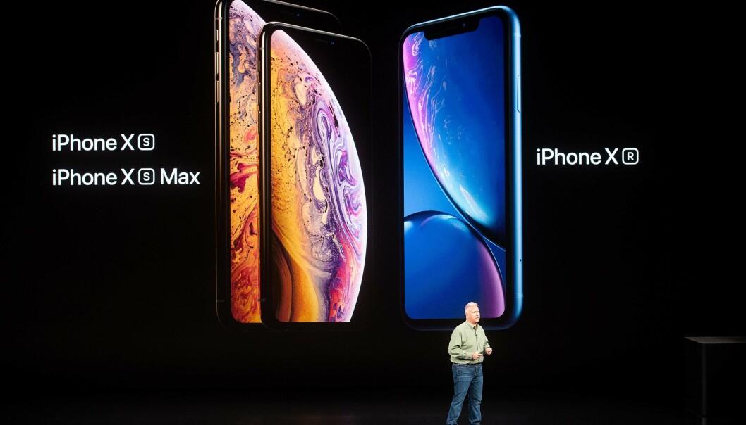 <strong>DE TRE NYE:</strong> I år har Apple skrotet hjemknappen for godt. Alle de tre nye iPhone-modellene har såkalt rammeløst design. iPhone Xs er den minste av dem med 5,8 tommer skjerm. Foto: Noah Berger/AFP Photo/NTB Scanpix