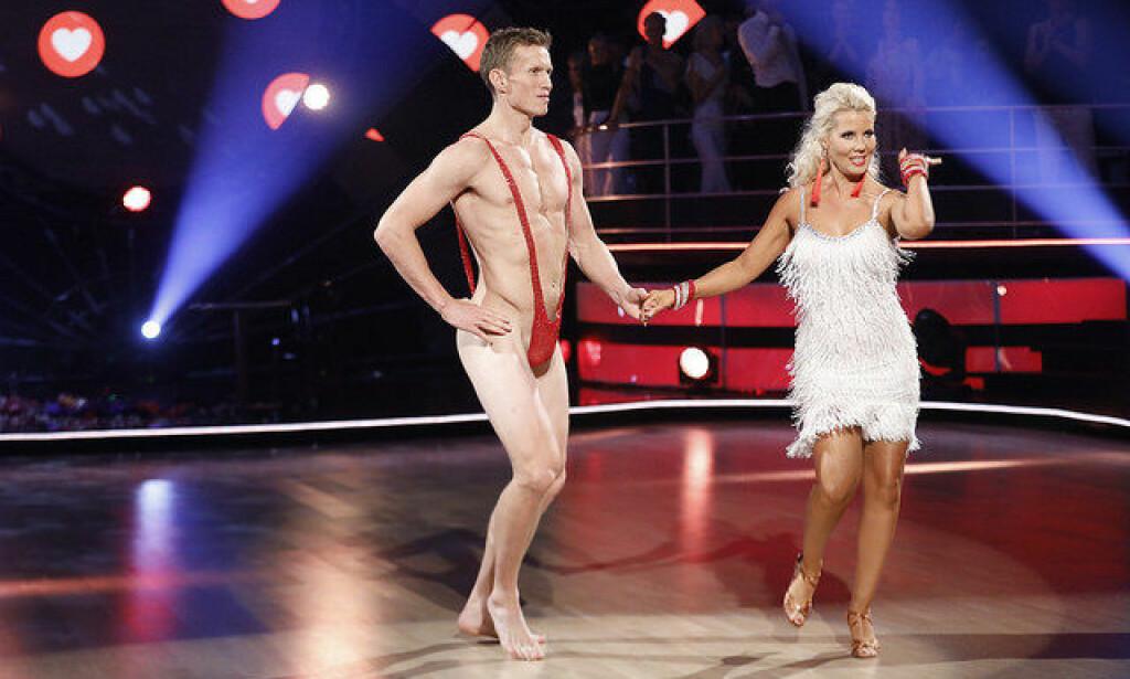 SJOKKERTE: Frank Løkes nakenstunt sjokkerte dansepartneren hans Tone Jacobsen, som hevdet å ikke vite om det på forhånd. Foto: TV 2