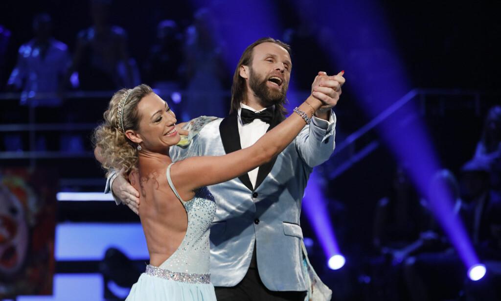 UTE: Aune Sand og Ewa Trela måtte forlate konkurransen lørdag kveld. Foto: TV 2