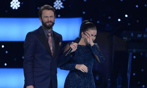 TØRKE TÅRENE: Ulrikke måtte tørke noen tårer i dag, etter at hun var ferdig med sin opptreden. Foto: John T. Pedersen / Dagbladet