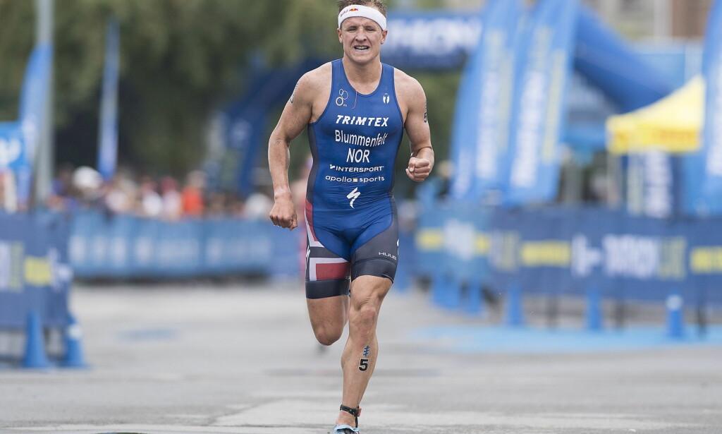 I KJEMPEFORM: Norske Kristian Blummenfelt satte verdensrekord lørdag. Foto: Graham Hughes/The Canadian Press via AP
