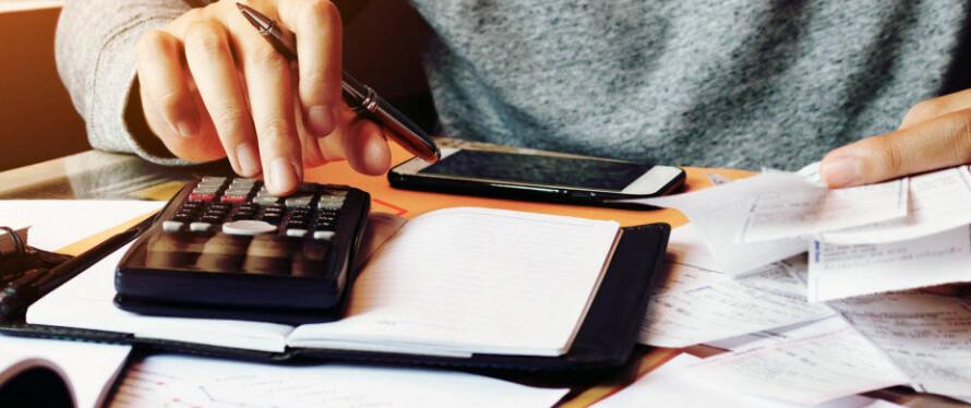 HELT NED TIL SEKUNDET: Dinsides Lønnskalkulator gir deg all den informasjonen du trenger. Foto: Shutterstock