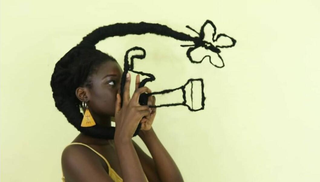HÅRKUNST: Laetitia Ky legger ut de bilder av de mest utrolig hårkreasjonene sine på Instagram. Foto: @laetitiaky
