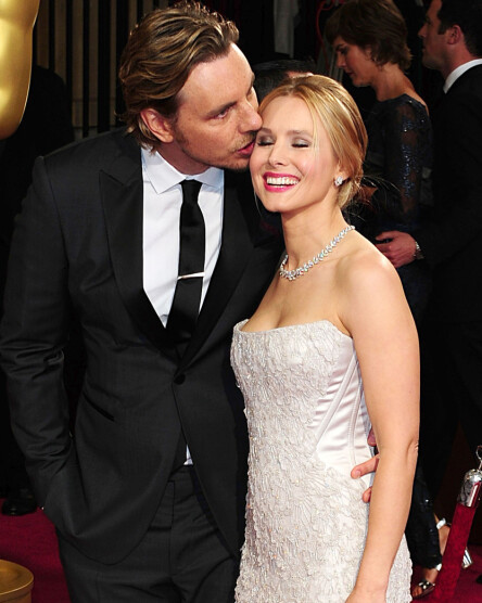 STILLER ALLTID OPP FOR HVERANDRE: Skuespillerparet Dax Shepard og Kristen Bell har vært gift siden 2013, og har stått sammen i tykt og tynt. Foto: NTB scanpix