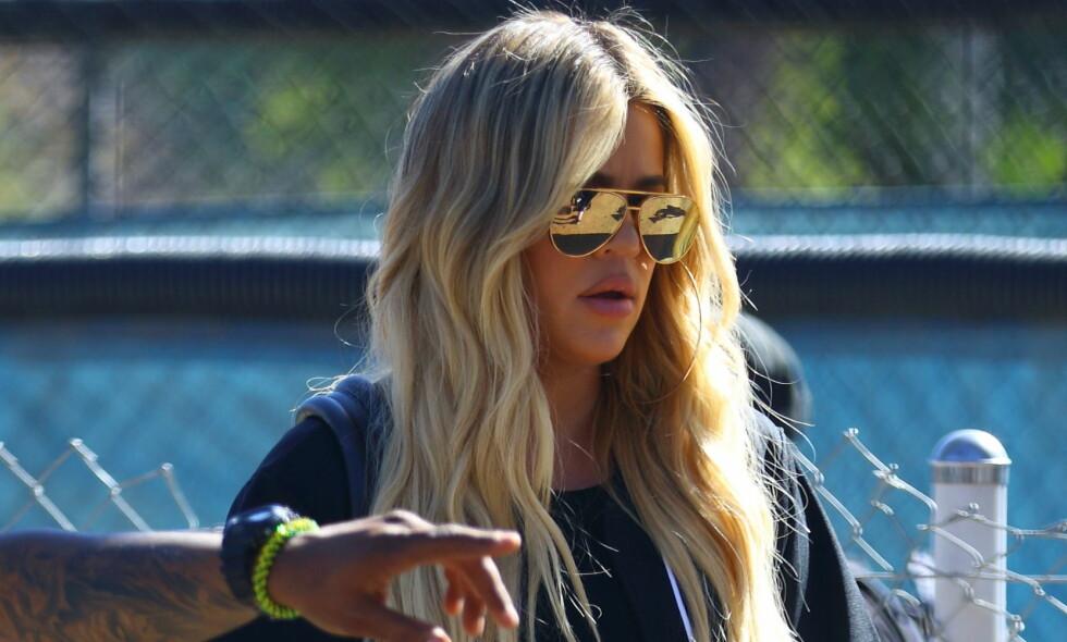 MANGLER TILLIT: Realitystjernen Khloé Kardashian skal angivelig flytte til Cleveland sammen med datteren True og kjæresten Tristan. Foto: NTB Scanpix