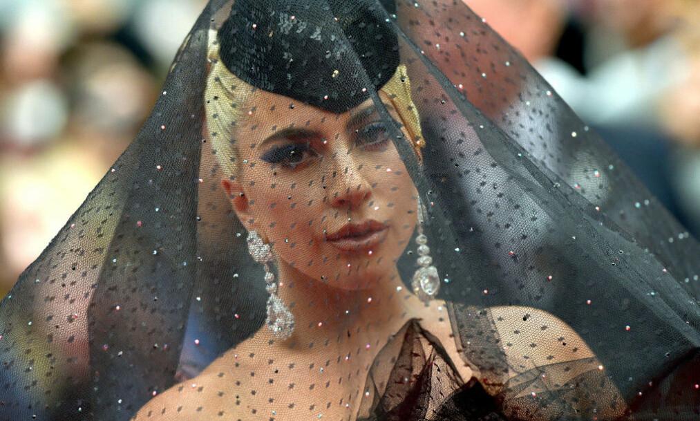 <strong>«GUDINNE»:</strong> Mange har tillagt Lady Gaga helgenstatus for sine mange musikalske og filantropiske prosjekter. Hennes eget liv har ikke alltid vært bare enkelt, og i dag bruker hun mange av sine egne erfaringer for å hjelpe andre. Foto: NTB scanpix