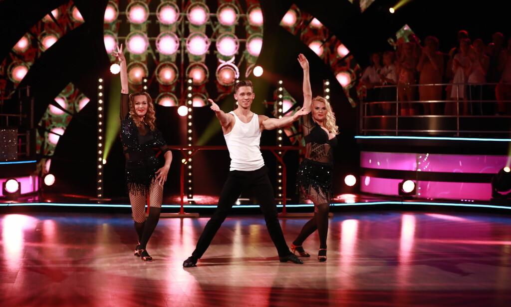 TRIO: Dorthe og Alexander danset med Mia Gundersen i kveld. Foto: TV 2