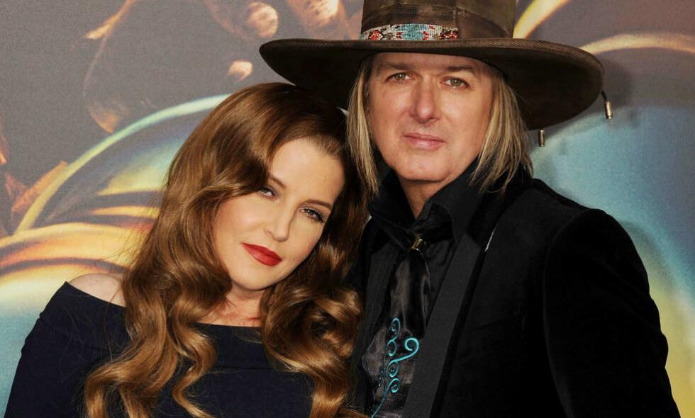 VANSKELIG: I 2016 søkte Michael Lockwood og Lisa Marie Presley om skilsmisse. Prosessen pågår fortsatt, på grunn av økonomiske problemer, overgrepsanklager og uoverensstemmelser. Foto: NTB Scanpix