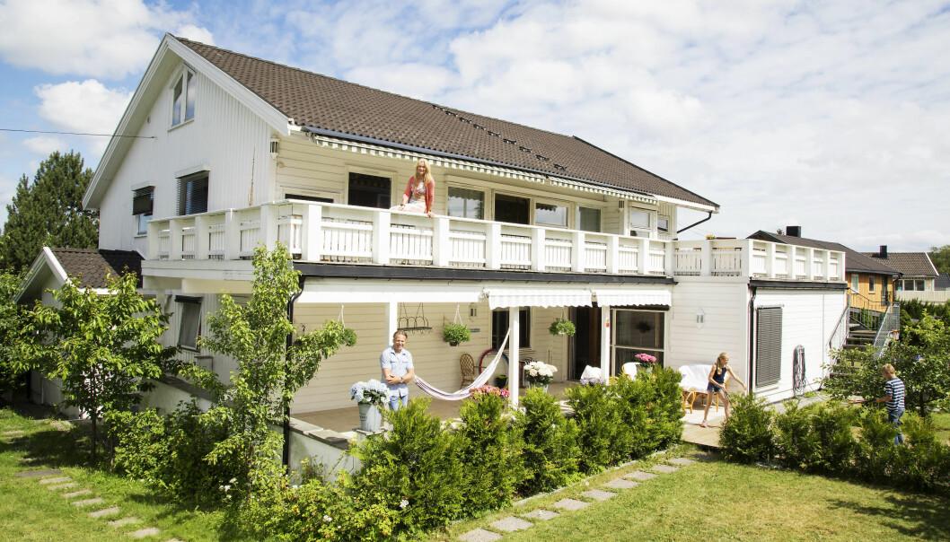 PRAKTISK: Benedicte og Jann var sjef i hver sin etasje i villaen på Høybråten. Boligen ble solgt for 12 millioner for noen få måneder siden. Foto: Morten Eik/ Se og Hør