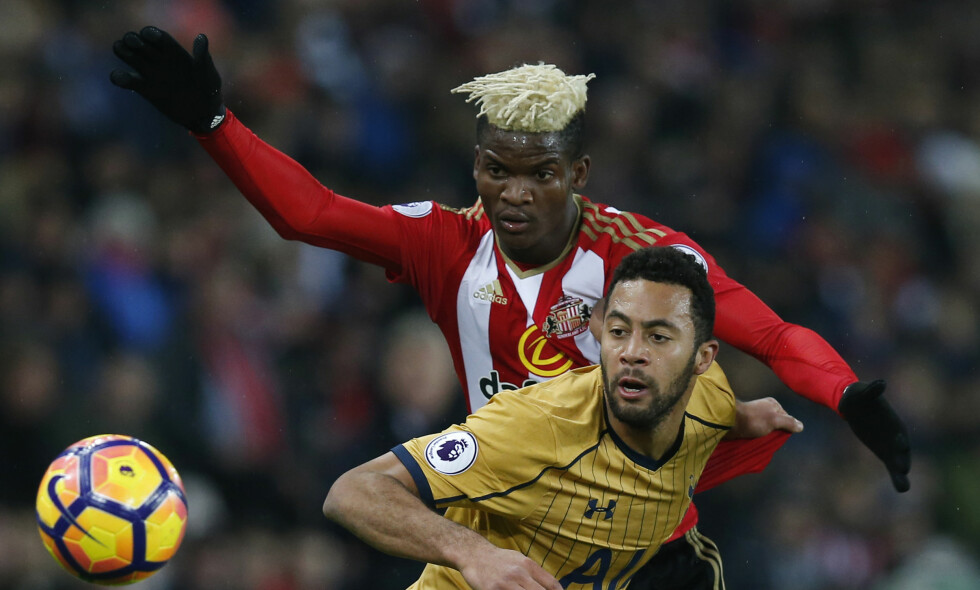 SPARKET: Sunderlands Didier Ndong (øverst) returnerte aldri til Sunderland etter nedrykket. Foto: Reuters / Andrew Yates / NTB Scanpix
