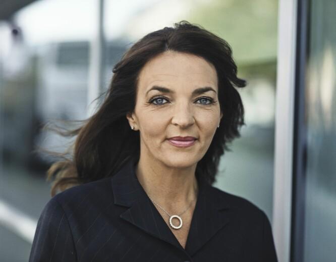 MØTTE VEGGEN: Katia Østergaard (48) jobber som administrerende direktør. Etter at hun møtte veggen, har hun lært seg å kjenne etter.