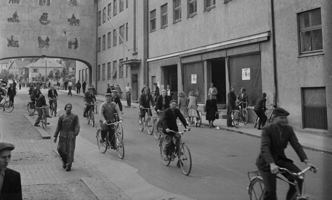 <strong>Stor produksjon:</strong> Noen av de 75.000 produserte syklene brukte de 400 ansatte selv for å komme seg til og fra arbeid. Foto: Sverre Børretzen / Aktuell / NTB Scanpix