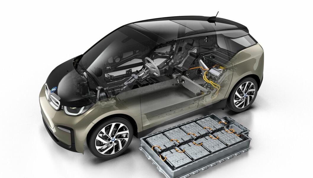 <strong>MER POWER:</strong> Batteripakken øker fra 33 kWt til 42,2 kWt. Foto: BMW