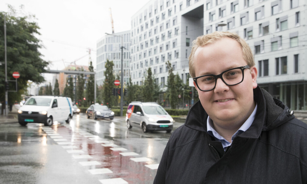 NEI TIL BOM: Eirik Faret Sakariassen som er kommunalråd i Stavanger og sentralstyremedlem i SV mener partiet bør si tvert nei til alle nye bomprosjekter. Foto: Terje Pedersen / NTB Scanpix