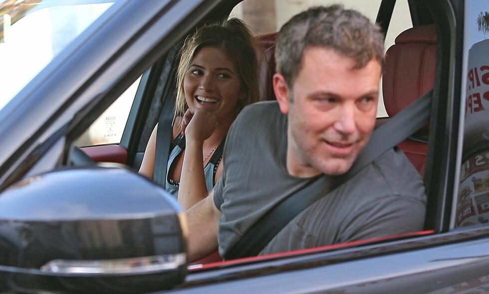 FORELSKET: Ben Affleck og Shauna Sexton planlegger angivelig å tilbringe livet sammen etter rehab-oppholdet. Foro: Splash News